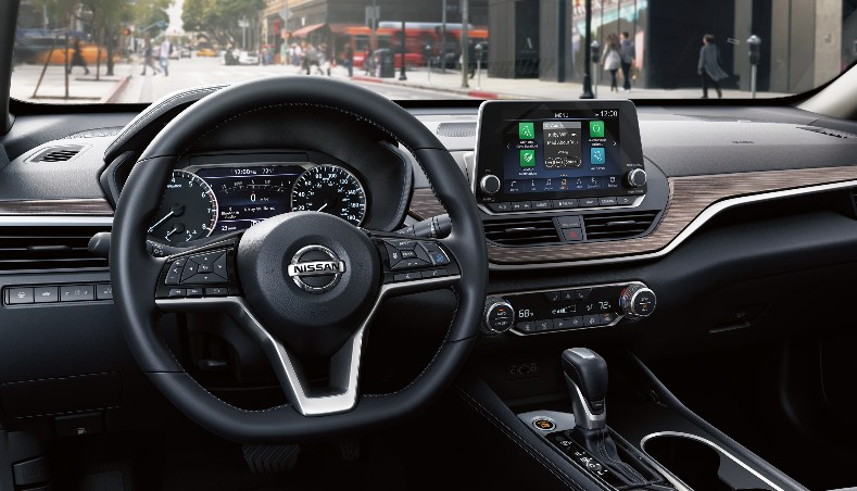 2022 Nissan Altima Interior