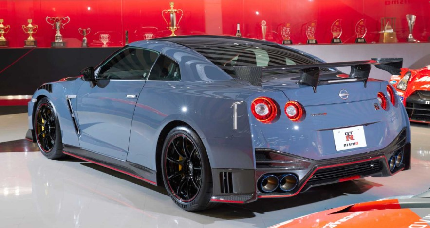 2022 Nissan GT-R Nismo Special Edition Change